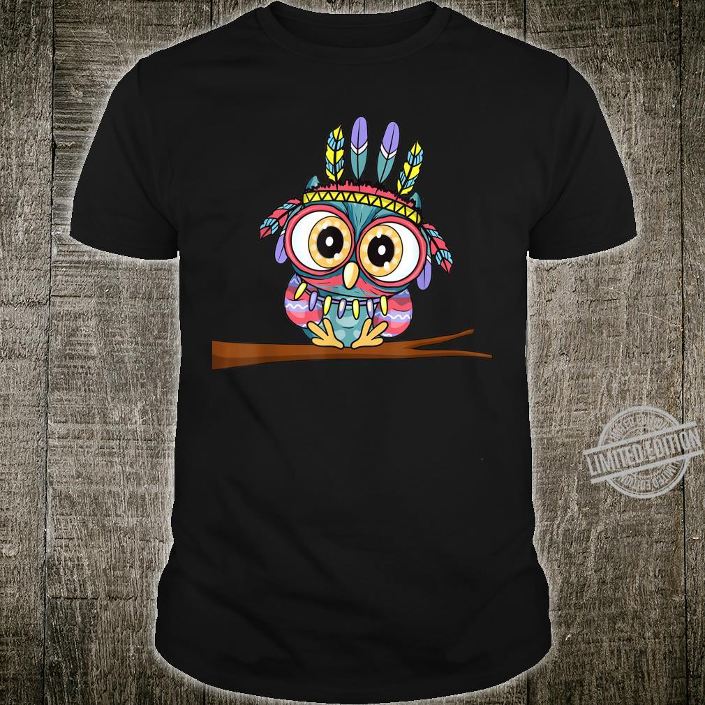 Süße Eule mit Federschmuck und großen Augen Niedliches Eulen Shirt