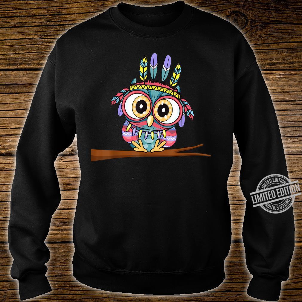 Süße Eule mit Federschmuck und großen Augen Niedliches Eulen Shirt sweater